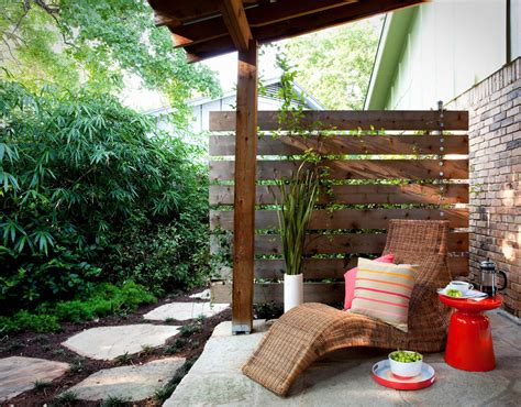 horizontal privacy fence deck modern with beige umbrella
