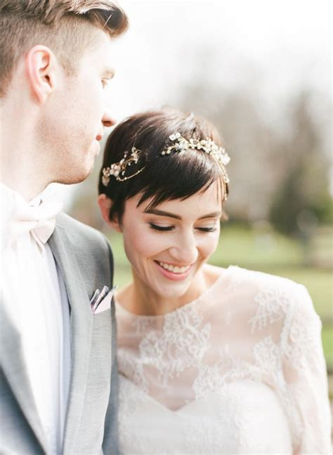 Vow Renewal Wedding Hairstyles by 25 Great Ideas About Pixie Wedding Hair On