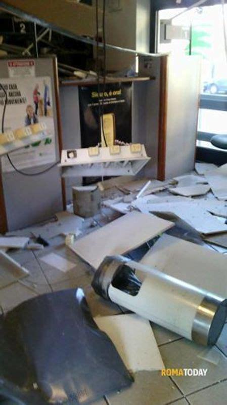 etruria filiali roma esplosione furto etruria via papini 3