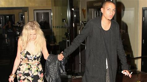 ashlee simpson good morning america photo ashlee simpson steps out with diana ross s son