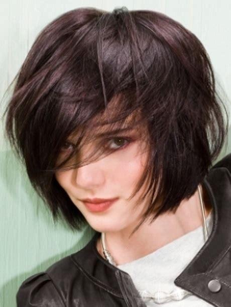 short hair length that can still be a pony tail short to medium layered haircuts