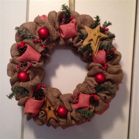 burlap wreath how to wreaths pinterest christmas burlap wreath crafts pinterest