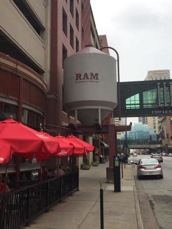 ram brewery indianapolis photo0 jpg picture of ram restaurant brewery
