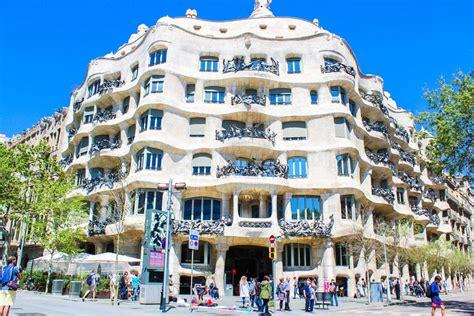 casa mila la pedrera barcelona revista brooke