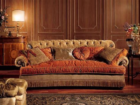 divani in stile divano con schienale capitonn 232 stile classico idfdesign