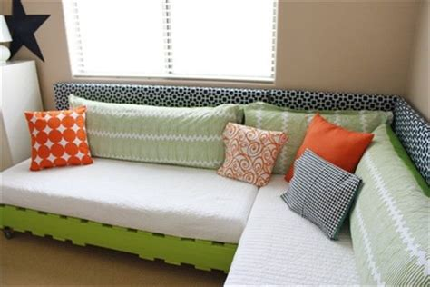 twin bed sofa diy 1000 images about daybed on pinterest day bed diy