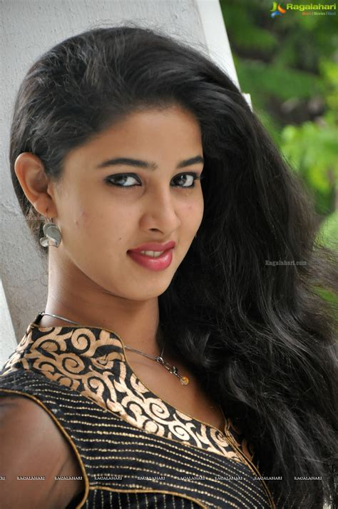 photo gallery telugu actress 1st name all on people named pavani songs books gift