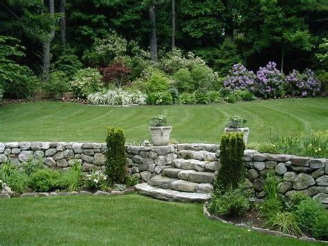 Terrassengestaltung Mit Pflanzen 2856 by Garten Landhausstil St 252 Tzmauer Steine Treppen Koniferen
