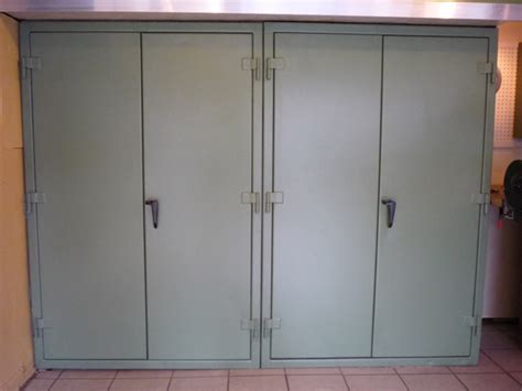 building garage cabinets with sliding doors garage cabinets diy garage cabinets sliding doors