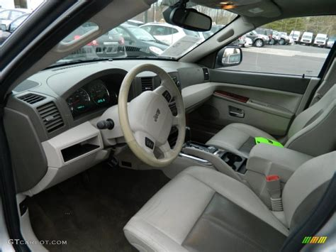 grey jeep grand cherokee interior medium slate gray interior 2005 jeep grand cherokee
