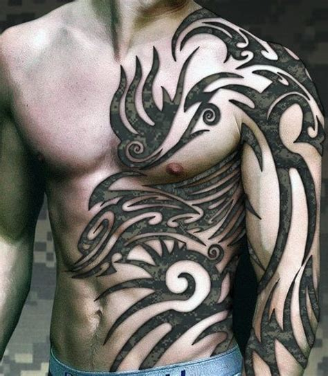 tribale tatuaże na brzuchu