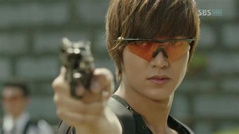 lee min ho handles guns like a boss for city hunter allkpop kick ass fighting in dramaland mydramalist