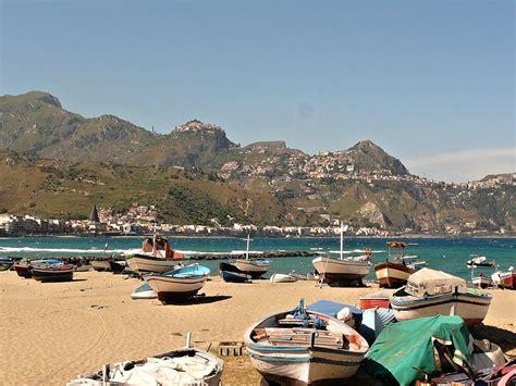 naxos giardini taormina giardini naxos messina sicily beaches italy traveltipy