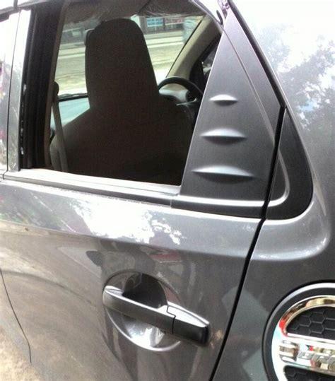 Kaca Spion Mobil Brio kaca mobil kepala sekolah dipecah di tawangsari tas berisi uang jutaan rupiah dicuri