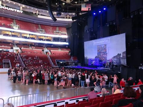 electric light orchestra fargo center august 24 fargo center section 114 row 6 seat 7 ed