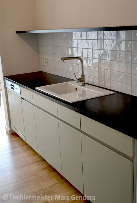 küche mit schwarzer arbeitsplatte dunkel k 252 che arbeitsplatte