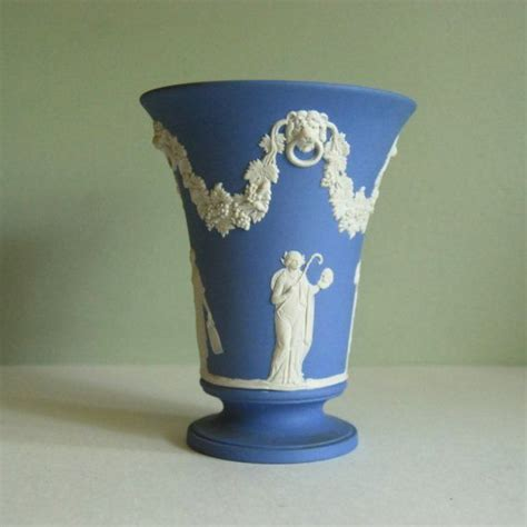155 best images about blue white wedgewood jasperware on cheese dome and