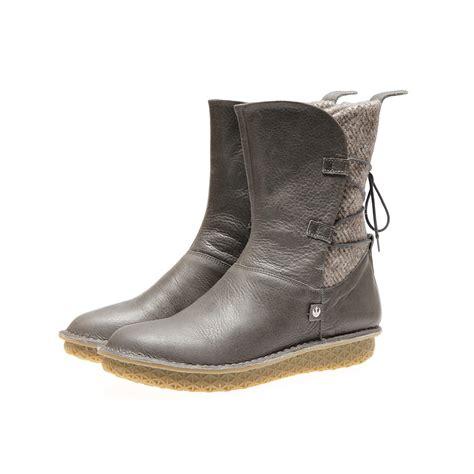 po zu x wars footwear launch the kessel runway