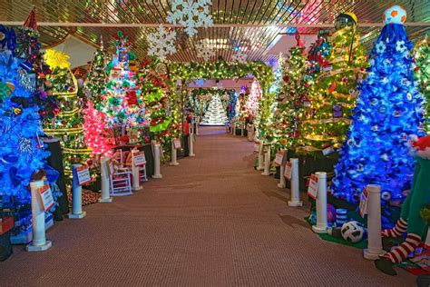 nantucket festival of trees images