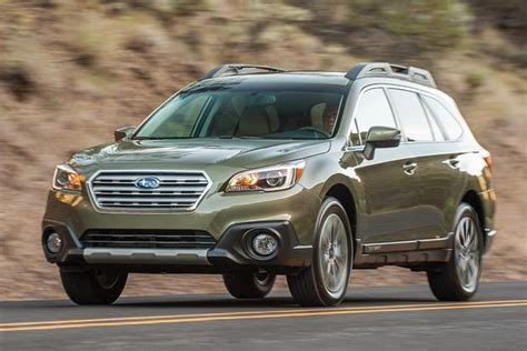 2015 Highlander Interior 2014 Vs 2015 Subaru Outback What S The Difference