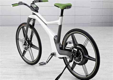 best electric bike motor to hub motor or not to hub motor electricbike