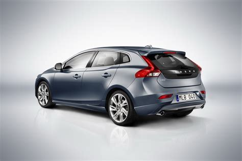 new volvo new 2013 volvo v40 pictures autotribute