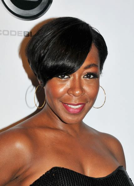 tichina arnold side part hairstyles lookbook - Tichina Arnold Hairstyles