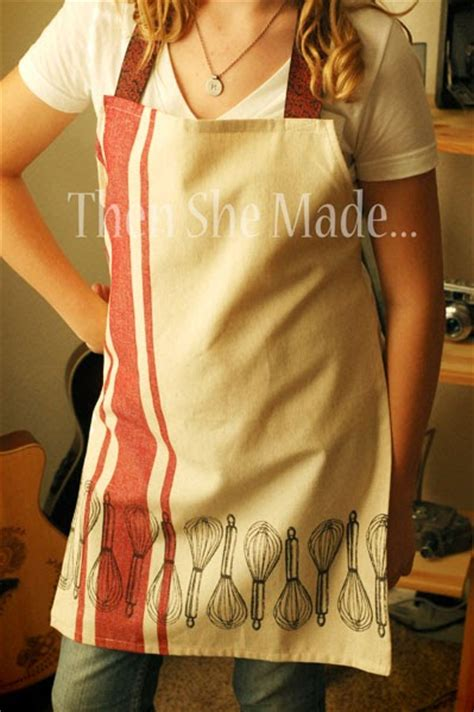 apron pattern from dish towel then she made quick gift idea dish towel apron