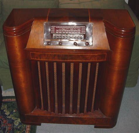 Vintage Floor Radio by Philco Model 42 395 Floor Standing Radio 1942 Vintage