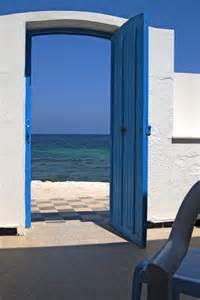 la route des livres une porte ouverte sur la mer