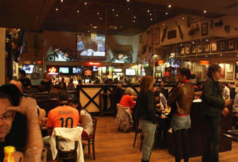 top 10 sports bar the top ten sports bars in the world
