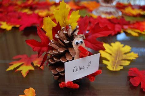 Herbstschmuck Selber Basteln by Herbstdeko Selber Machen Idee Mit Kiefernzapfen