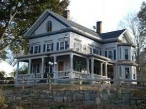 best haunted houses in ct 25 best ideas about haunted houses for sale on pinterest old abandoned houses