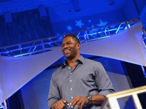 michael strahan news page 3 people michael strahan in talks to join kelly ripa ap source