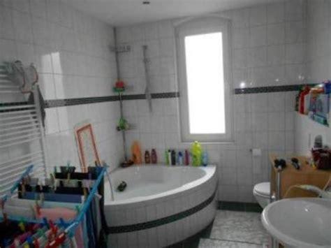 bad wiessee wohnung kaufen 3 zimmer gro 223 es tageslichtbad mit wanne laminat