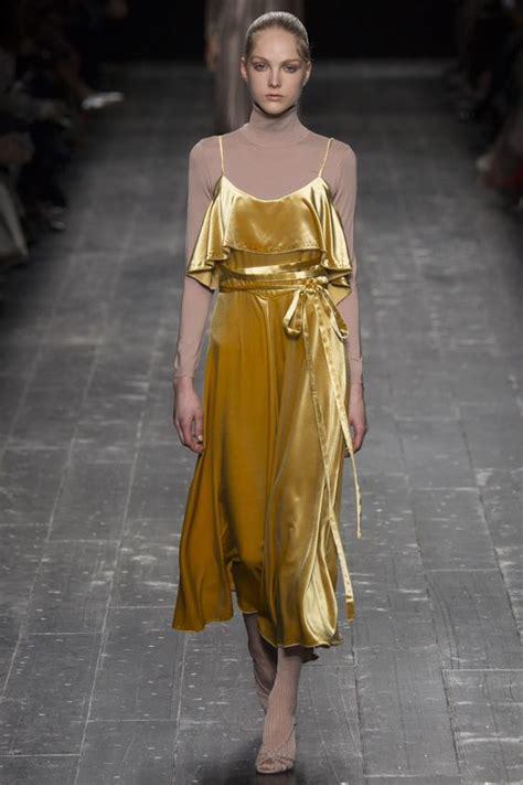 Trend Velvet by Valentino Fall Winter 2016 2017 Fashion Trend Velvet The
