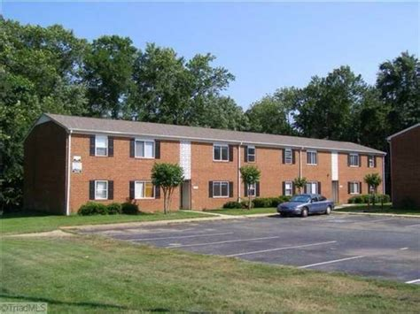 Apartments Greensboro Nc Water Included Autumn Square Greensboro Nc Apartment Finder
