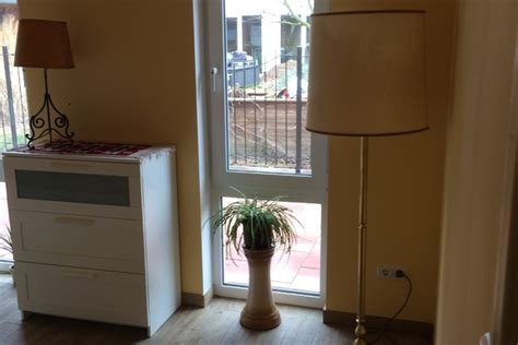 wohnung hannover privat unterkunft 2 rooms fair messe apartment with a kitchen