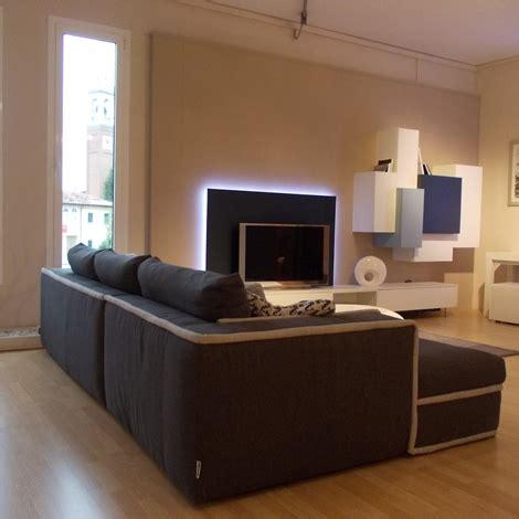 divano alberta divano alberta salotti modello simon divano con penisola
