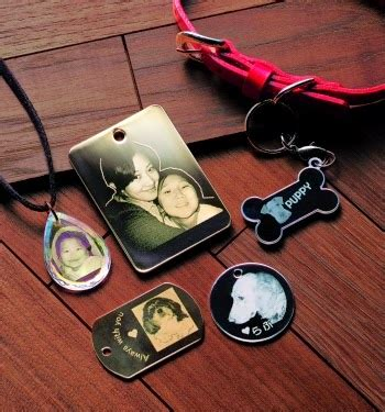 Acrylic Di Semarang digive melayani gantungan kunci custom dan accesories hp