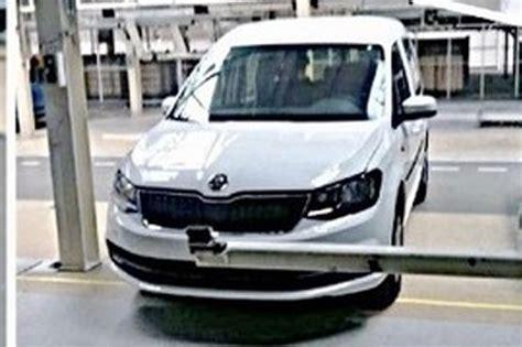 Skoda Roomster 2016 by Skoda Roomster 2 2016 Simplement Un Volkswagen Caddy