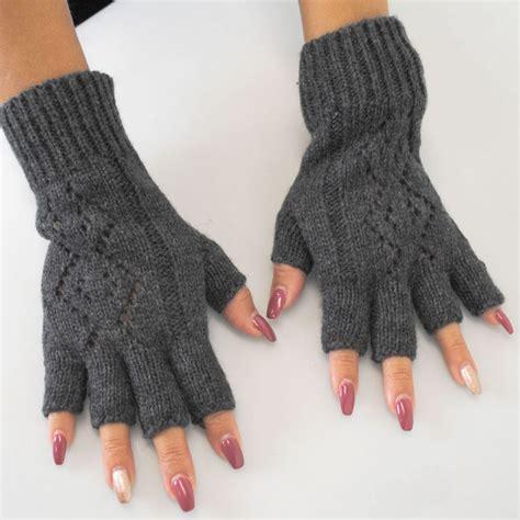 knit gloves pattern jeanne simmons pattern knit fingerless gloves gloves