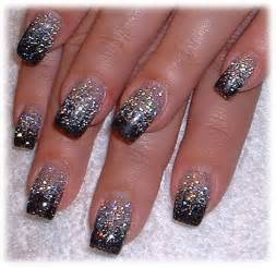 nail art tips glitter in nail art