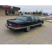 1992 Buick Roadmaster Limited Sedan 4  Door 5 7l