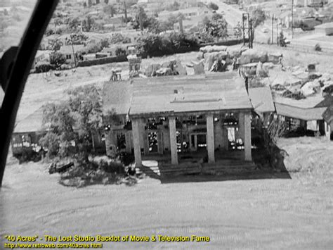 1940smovies back lots gone with the wind s tara mansion in ruins on the 40 acres