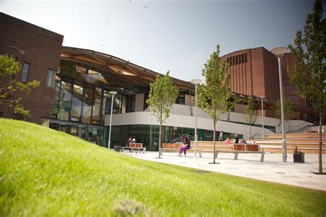 Exeter Mba Ranking global rankings hail exeter s one planet mba the exeter