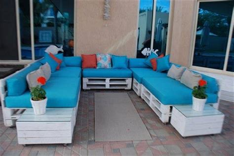 diy l shaped sofa u shaped pallet sofa ideas pallet wood projects