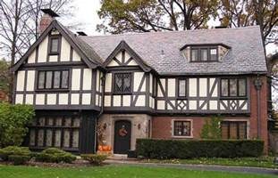 english tudor house english tudor home homescapes pinterest