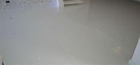 negozi pavimenti pavimento per negozio materiali e costi