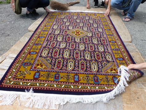 How To Make Handmade Carpets - handmade carpets for live diy ideas
